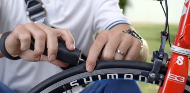 bike-repair-pneu